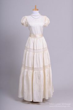 1940 Peasant Lace Vintage Wedding Gown-Mill Crest Vintage