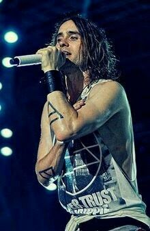 LOVE this pic of Jared!!