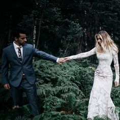 modest wedding dress with long sleeves and a slim fit from alta moda.
