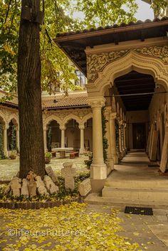 Biserica Stavropoleos Monastery - Bucharest, Romania - 2015