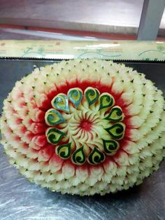 Pineapple Pictures, Amazing Food Art, Creative Food Art, Cut Watermelon, Fruit And Vegetable Carving, Food Carving, Buffet, Weird Food, Salmon
