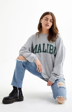Apr 2020 - The Camila Malibu Long Sleeve T-Shirt from John Galt will elevate your tee and jeans game. This tee features long sleeves, a crew neck, a Malibu-inspired graphic at the chest, and a lightweight fabrication. Cute Comfy Outfits, Cool Outfits, Comfy Clothes, Plus Size Festival Outfit, Grey Long Sleeve Shirt, Sweatshirt Outfit, Outfit Jeans, Clothing Sites, Jean Outfits