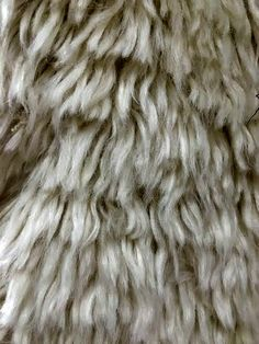 Soft, white rug with an amazing #texture! #interiordesign