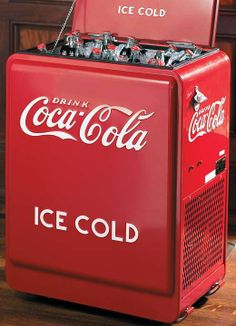This Superbowl impress your guests by storing your drinks in a Coca-Cola Retro Cooler.