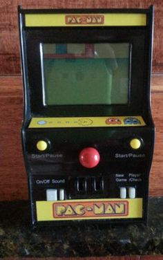 Vintage 1980 MGA Entertainment Namco Pac Man Hand Held Game | eBay