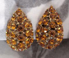 vintage topaz rhinestone tear drop earrings  j5418 by peteracey