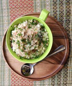 This is a delectable barnyard millet khichdi from Gujarat! Gujarati Recipes, Indian Food Recipes, Gourmet Recipes, Healthy Recipes, Ethnic Recipes, Farali Recipes, Vegetarian Platter, Us Foods, Fresh Coriander