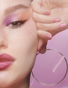 Glossier Play Spring 2019 Featuring Troye Sivan by Charlotte Wales - Makeup Products Design Makeup On Fleek, Cute Makeup, Makeup Inspo, Makeup Art, Beauty Makeup, Makeup Looks, Hair Makeup, Makeup Ideas, Glossier Models