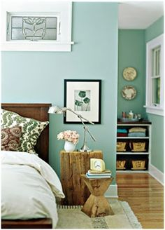 Feisty Green Polka Dot : Friday Favorites: Pretty Bedroom with great home accessories