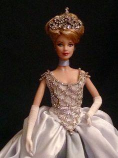 Amazing Dresses, Nice Dresses, Barbie Clothes, Barbie Dolls, Barbie Princess, Different Dresses, Barbie Friends, Pretty Dolls, Doll Face