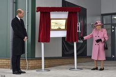 Prince Philip, Prince William, Queen Elizabeth News, Elisabeth Ii, Royal Engagement, Duke Of Cambridge, Westminster Abbey, Thats The Way, Duke And Duchess