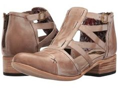 Freebird Hope (Taupe) Women's Shoes