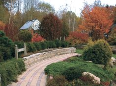 Autumn mood in beautiful Defries Gardens, USA. The greenhouse in the background is a Cape Cod. http://garden-greenhouse.se/