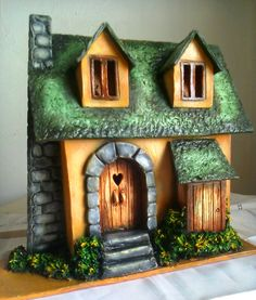 Diy Crafts Slime, Easy Diy Crafts, Crafts For Kids, Clay Fairy House, Fairy Houses, Clay Wall Art, Clay Art, Wood Block Crafts, Pottery Houses