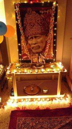 Sai Baba Pictures, God Pictures, Pooja Mandir, Faith Crafts, Sathya Sai Baba, Om Sai Ram, Motivational Speeches, Hindu Deities, Indian Gods