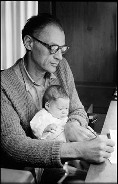 Arthur Miller and his daughter Rebecca. Roxbury, USA, 1962.