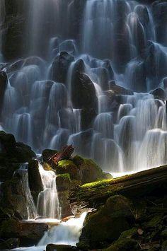 ✯ Ghost Falls (Ramona Falls), Oregon