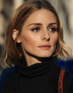 Temperatures are dropping, and our skin is reacting by becoming dry and gloomy. But don't fret, there are tricks to keep it flawless and you'll find a list of 5 below:     Photo via Olivia Palermo 1.