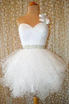 I love this wedding short dress