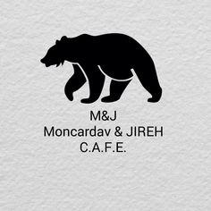 Creada en 1999, su diseño; el tradicional pantalon estilo clasico; en fleece ovejero. El logo; pensado en el calor que la piel de oso pardo.