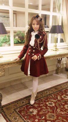 I love this Infanta coat...