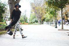 The Fashion Through My Eyes / Maxi t-shirt //  #Fashion, #FashionBlog, #FashionBlogger, #Ootd, #OutfitOfTheDay, #Style
