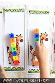 Measure the giraffe Using snap cubes to measure how tall the giraffes are #printables #animals #kidsactivities #homeschool #prek #preschool