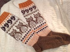 Varren alku on idea Nina Laitisen syysukista Gloves, Socks, Winter, Fashion, Winter Time, Moda, La Mode, Sock, Fasion
