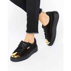 Puma Suede Platform Trainers In Black With Gold Toe Cap (31.945 HUF) ❤ liked on Polyvore featuring shoes, sneakers, black, toe caps, creeper sneakers, black suede shoes, puma shoes and black suede sneakers