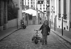 http://images.fotocommunity.fr/photos/personnes/scenes-de-rue/la-fillette-de-rue-875fd9f9-6f36-447c-8501-3363f9c51395.jpg