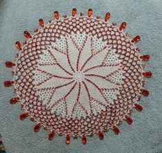 Beaded milk jar doilie / melkbeker doilie Beaded Crochet, Crochet Doilies, Crochet Home, Free Crochet, Runners, Wine Glass, Artworks, Free Pattern, Crochet Patterns