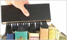 El Bibliófilo Enmascarado » Blog Archive » La importancia de limpiar un libro