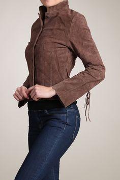 Such a pretty Chocolate Suede Jacket | Emma Stine #newyearstylechallenge #print and texture