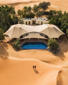 earth: Oasis villa in the desert of Dubai. Dubai Travel, Luxury Travel, Hotels And Resorts, Best Hotels, Voyage Dubai, Desert Resort, Dubai Desert, Visit Dubai, Dubai Uae