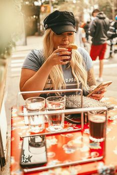 Nyfw Street Style, Spring Street Style, Outfits With Hats, Chic Outfits, Photoshoot Inspiration, Style Inspiration, Ashley I, Spring Outfits Women, Curvy Style