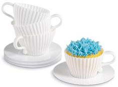 The Perfect Way to Serve Delicious Desserts During Tea Time #kitchen trendhunter.com