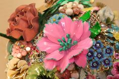 custom vintage brooch bouquet