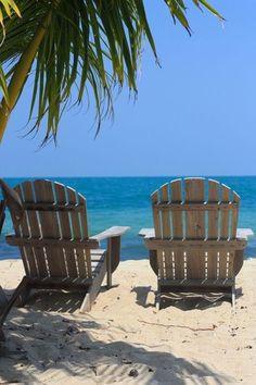 This is all I want to do on my next big vacation. No sightseeing, just sitting on the beach. Paradis Tropical, Playa Beach, Beach Trip, Bonita Beach, Beach Vacations, Sand Beach, City Beach, Ocean Beach, Beach Please