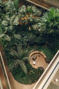 Hotel Jakarta in Amsterdam – Haarkon Abenteuer - House Decor Landscape Architecture, Landscape Design, Architecture Design, Garden Design, Amsterdam Architecture, Hotel Lobby Design, Interior Garden, Room Interior, Tropical Garden
