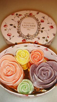 Rose Laduree
