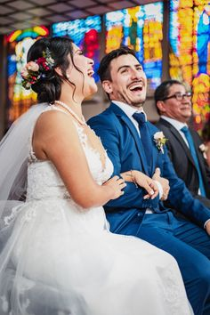 10 pasos que toda pareja debe saber de memoria antes de su ceremonia religiosa. #Matrimoniocompe #Organizaciondebodas #Matrimonio #Novios #TipsNupciales #CaminoAlAltar #MatriPeru #BodaPeru #MatrimonioReligioso #BodaReligiosa Photo And Video, Wedding Dresses, Instagram, Fashion, Wedding Card, Religious Wedding, Bridesmaids, Wedding Gowns, Bride Gowns