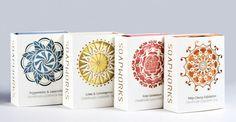 Lucy Hargrave , designer formada na Austrália, criou junto com Josh Tatarynowicz, embalagens para esse sabonetes artesanais... o cartão ...