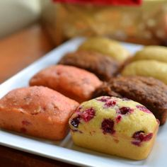 Four sweet mini loaves from one dough small town woman baking. Mini Loaf Cakes, Mini Bread Loaves, Mini Loaf Pan, Epicure Recipes, Loaf Recipes, Cake Recipes, Dessert Recipes, Easy Desserts, Holiday Baking