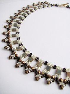 Tutorial for beadwoven tila bead 'Amarna' by TrinketsBeadwork