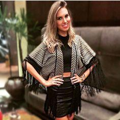 Nossa musa @rafaelleruhle de kimono Chevron, sempre linda, sempre arrasando muito nos looks! #weloverafa #lafortrussia