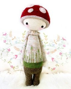 free crochet pattern.... it'll be just a plain 'ole hat for me & without the dose of 'magic', but will still be an amazingly cute little amigurumi guy!