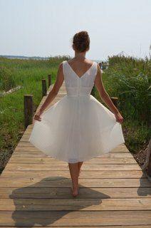 1950s Vintage Dress Fabulous White Marilyn Dress Knife Pleated Skirt L Aiglon Label Dress Pin Up 34 Bust  Free U S Shipping