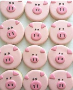 Great idea for a celebration!! Pig cookies 🍪