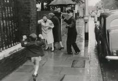 Joey Luft running towards mother Judy Garland