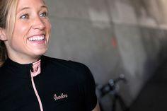 Isadore - Woolight Jersey Jet Black Women - Hot summer riding cycling jersey #cyclingmemories